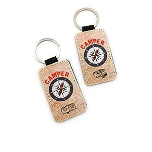 Schlüsselanhänger mit der Aufschrift Camper, einer Kompass-Rose und Wohnmobil oder Wohnwagen. Treuer Reisebegleiter für…