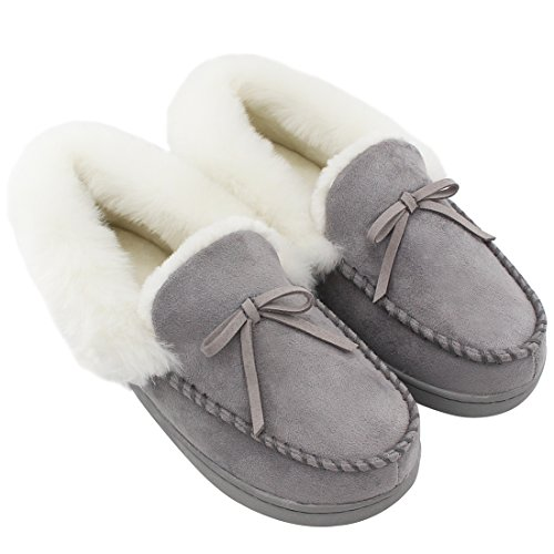 HomeIdeas Women's Faux Fur Lined Suede Comfort House Slippers, Anti-Slip Winter Indoor / Outdoor Moccasin Shoes, Gray, 7-8 B(M) US