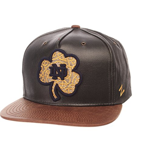 ZHATS NCAA Notre Dame Fighting Irish Adult Men Tribute Heritage Collection Hat, Adjustable, Team Color/Cracked Leather