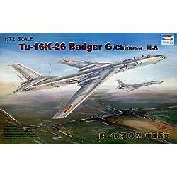 TU-16K-26 Badger G Bomber Chinese H6 1/72 Trumpeter