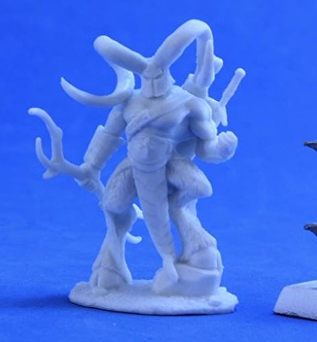 RPR89033 Bones Horned Hunter Miniature Reaper ()