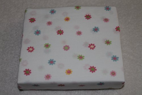 Gerber Fitted Knit Crib Sheet Flowers