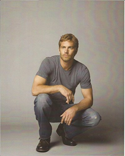 Paul Walker Fast and Furious kneeing down gray tee #2 - 8 x 10 Promo Photo - 004