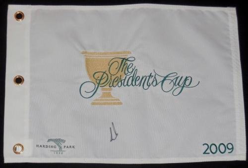 Ernie Els Autographed 2009 Presidents Cup Golf Flag W/Proof! Autographed Pin Flags