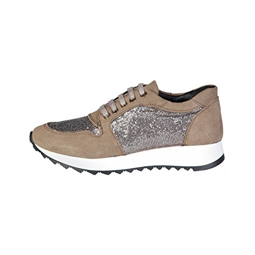 SneakersWomen Brown