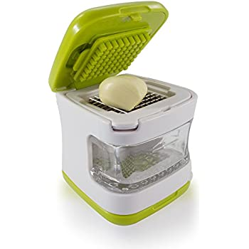 Sujeo Mini Garlic Press with Stainless Steel Blades and Inbuilt Clear Plastic Tray, Green
