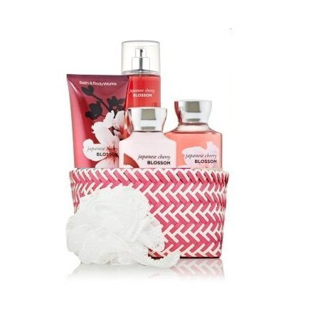 Bath Body Works Signature Collection
