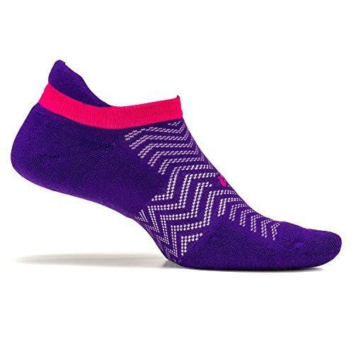 Feetures - High Performance Cushion - No Show Tab - Athletic Running Socks for Men and Women - Chevron Iris - Size Medium -