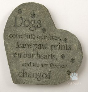 DogPlay Pet Memory Bereavement Stone ~ Paw Prints on Our Hearts ~ 10