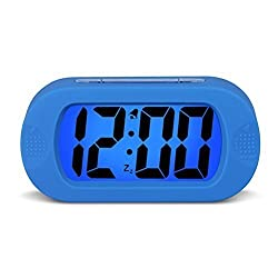 HENSE Large Digital Display Alarm Clock and Snooze/Nightlight(Blue Backlight) Light Sensor Travel and Home Bedside Alarm Clock,Battery Operated,Shockproof,Excellent Gift for Kids/Teens HA30 (Blue)