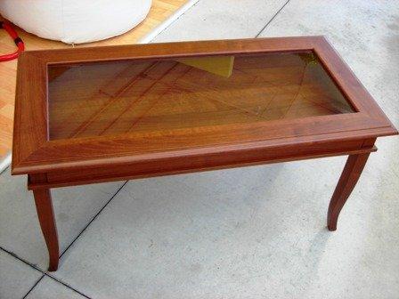 Tavolini In Legno Arte Povera : Tavolo bacheca legno base vetro come foto arte povera prodotto