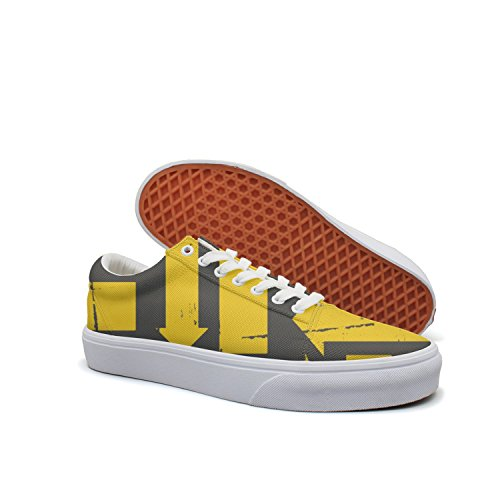 VCERTHDF Print Trendy Yellow Arrows Pattern Low Top Canvas Sneakers
