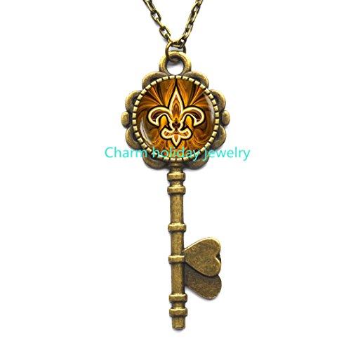 (Fleur de lis Key Necklace , Fleur de lis Key Pendant, fleur de lis jewelry, heraldry jewelry royal heraldic sign,Q0118)