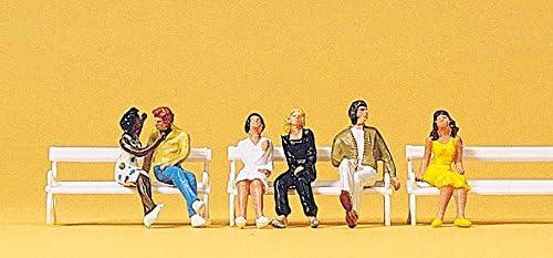 Preiser PR10180 Couples assis sur des bancs
