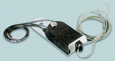 Cequent 2010-P Breakaway Switch Nylon