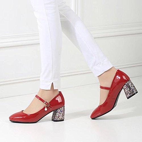 073252aef19136 ... AIYOUMEI Damen Lack Blockabsatz Mary Jane Pumps mit Glitzer und Perlen  Retro Bequem Schuhe Rot