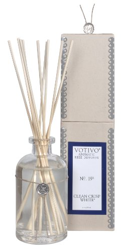 Votivo Aromatic Reed Diffuser - Clean Crisp White 7.3oz. by Votivo