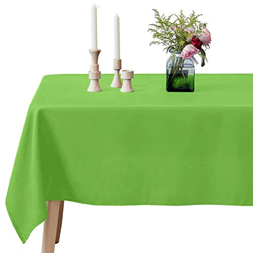 VEEYOO Rectangle Tablecloth - 60 x 102 Inch Polyester Table Cloth for 6 Foot Table - Soft Washable Oblong Apple Green Table Cloths for Wedding, Parties, Restaurant, Dinner, Buffet Table and More