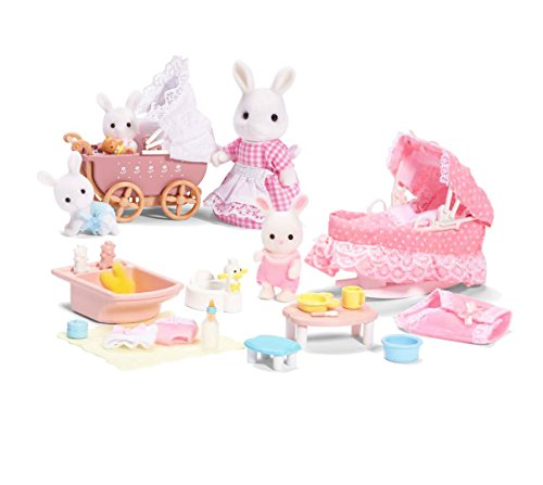 Calico Critters A Carriage Ride Playset with Sophie's Love N Care Playset