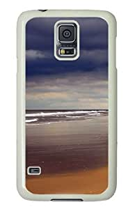 Samsung Galaxy S5 Case and Cover - Storm Beach PC Hard Case Cover for Samsung Galaxy S5 White