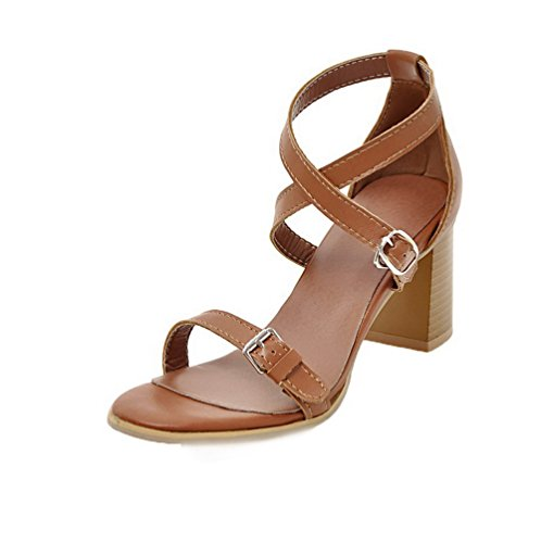 VogueZone009 Women PU Buckle Open-Toe Kitten-Heels Solid Sandals Lightbrown