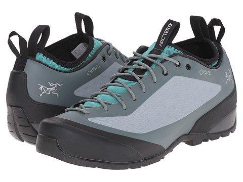 (アークテリクス)Arc'teryx レディースウォーキングシューズ?スニーカー?靴 Acrux2 FL Approach Shoe Moraine Arc/Patina Arc 7 24cm B - Medium [並行輸入品]