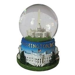 Famous Building of Washington, D.C. Musical Snow Globe (2.5\