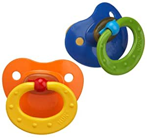 Silicone pacifiers versus latex