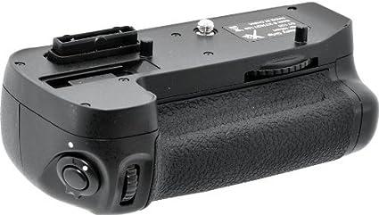 Digitek D 7100 Battery Grip  Black  Battery Grips