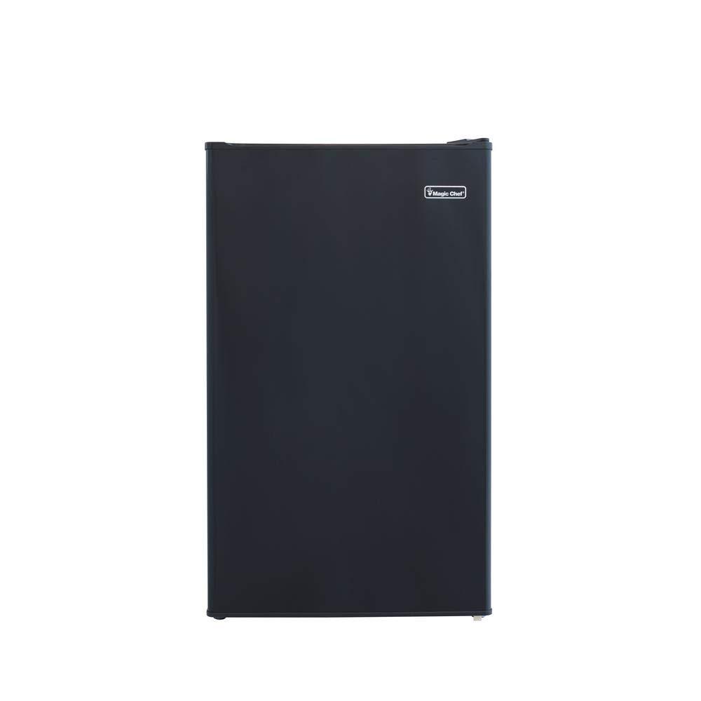 Magic Chef 4.4 cu. ft. Mini Refrigerator in Black-HMBR440BE