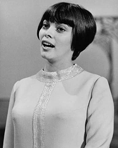 Mireille Mathieu Cute Pose With Bob Hair Cut Late 1960 S 8x10 Aluminum Wall Art At Amazon S Entertainment Collectibles Store