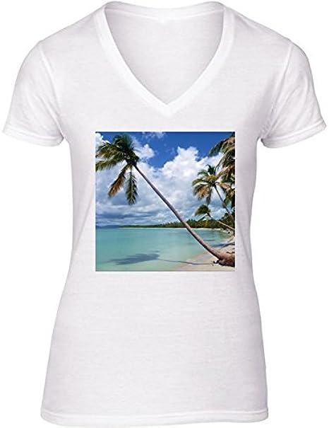 Camiseta Blanca con V-Cuello para Mujer - Tamaño XL - Palmeras De Coco En La Playa Salvaje by Bluedarkart: Amazon.es: Ropa y accesorios