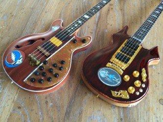 Grateful Dead Jerry Garcia & Phil Lesh Signature Miniature Guitars (Set of 2)