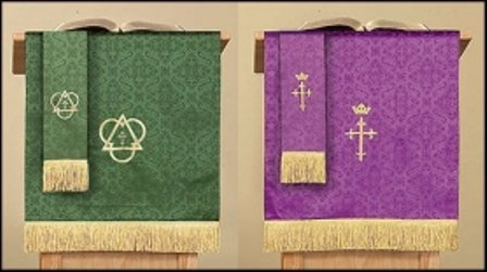 Set Parament (Reversible Purple & Green Jacquard Pulpit Scarf with Cross)