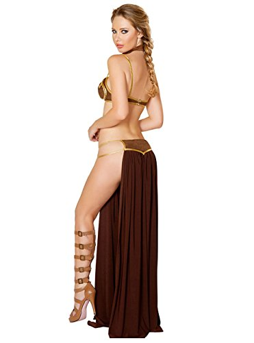dressing-in-leias-slave-bikini