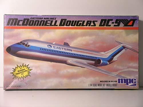 MPC-1/144 Scale McDonnell Douglas DC-9 Airliner-Plastic Model ()