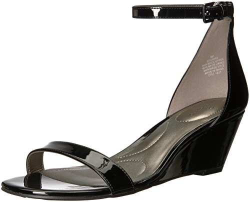 Bandolino Mujeres Omira Wedge Sandal Black Synthetic