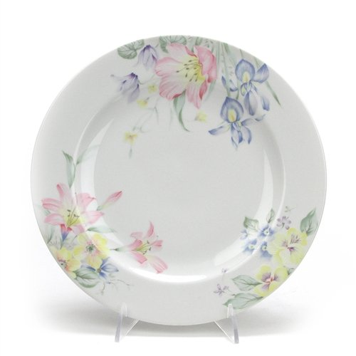 Meadow Vista by Christopher Stuart, China Dinner Plate ()