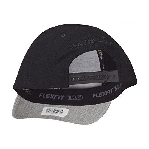 Mitchell & Ness FLEXFIT Snapback Cap - BRAND PATCH noir