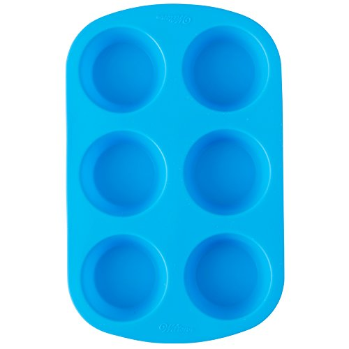 (Wilton Easy-Flex Silicone Muffin and Cupcake Pan, 6-Cup)