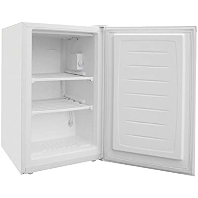 Magic Chef MCUF3W2 Freezer, 3.0 cu. ft., White