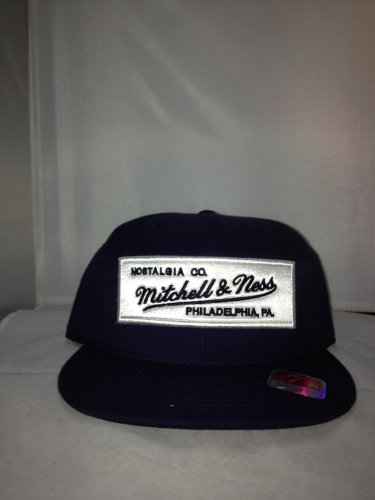 Mitchell&Ness M&N Badge Logo Mitchell&Ness Fitted Navy/White 215 Style: HAT-215-NAVY/WHITE Size: 8
