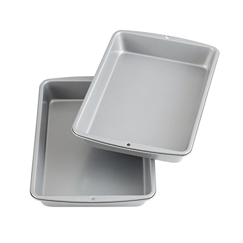 Wilton 2109-6836 Recipe Right Non-Stick 9 x 13-Inch Oblong 2 Cake Pan Multipack, 2-Pack, Assorted