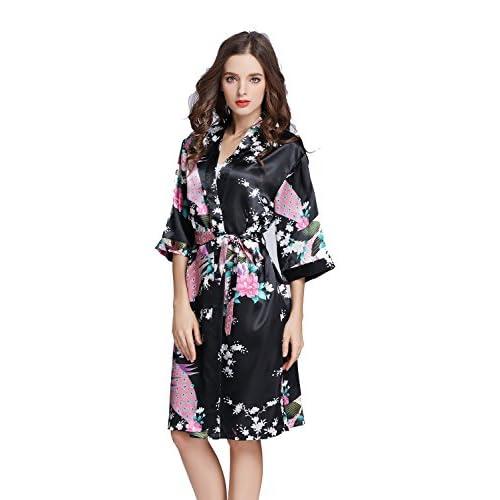 TheRobe Women s Printing Peacock Kimono Robe Short Sleeve Silk Bridal Robe  Wedding Robes lovely a5e9e8d6f