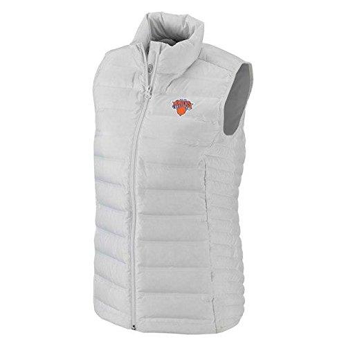 脱獄理容師療法Columbia Columbia New York Knicks Women's White Lake 22 Down Full-Zip Vest アウターウェア ジャケット/アウター 【並行輸入品】