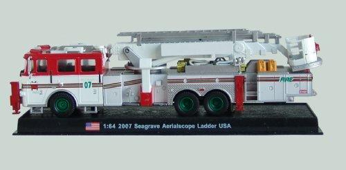 Seagrave Aerialscope Ladder Fire Truck Diecast 1:64 Model (Amercom GB-18) (Diecast Truck 1 18)