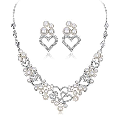 Silver Tone Rhinestone Necklace and Earrings Set (Pearl Heart)