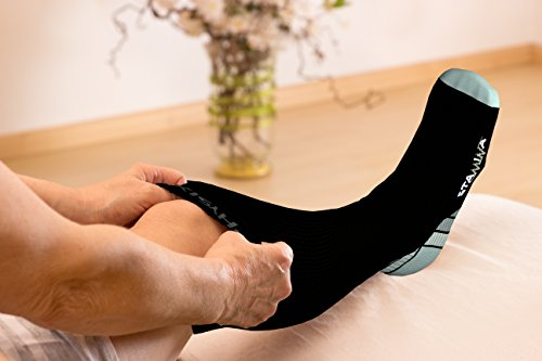 Compression Socks for Men & Women, BEST Graduated Athletic Fit for Running, Nurses, Shin Splints, Flight Travel, & Maternity Pregnancy. Boost Stamina, Circulation, & Recovery - Includes FREE EBook! Black & Grey L/XL (Women 8-15.5 / Men 8-14) PAIR