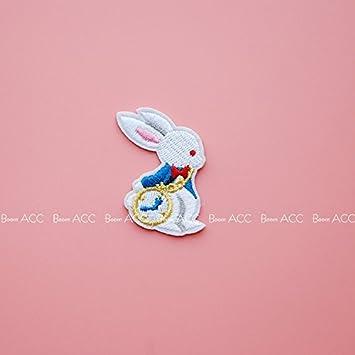 Amazon com : Mr  cute Jaese illustrator White Rabbit clock brooch
