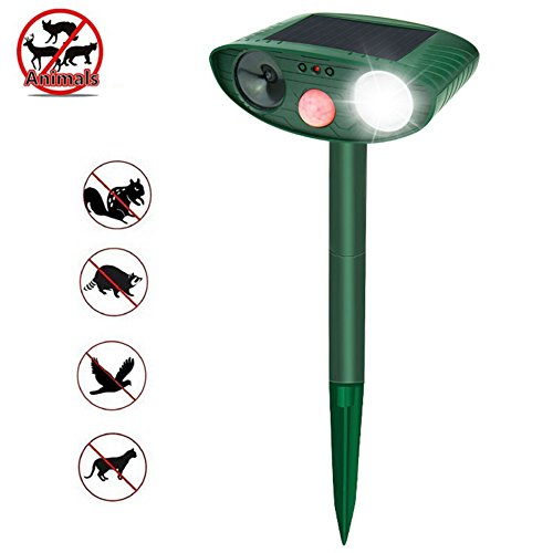 Ultrasonic Animal Repeller, Outdoor Waterproof Solar Powered With Flashing Light Motion Sensor Ultrasonic Frightens Cats Dogs Birds Rodents Deer Raccoons Snakes,1Pcs